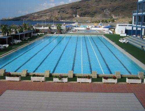 Cierre de la piscina olímpica por limpieza