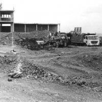 1973. Excavación de la piscina