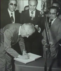 Firma de la constitución del Club