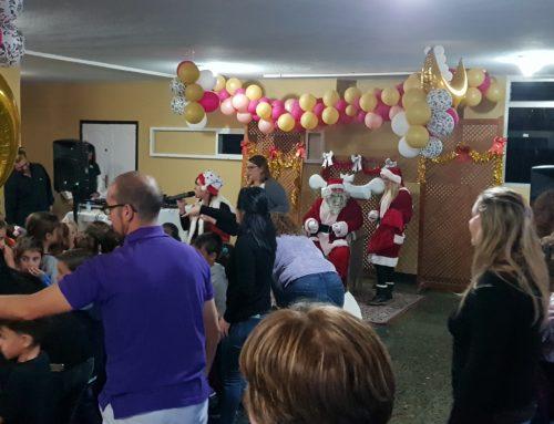 Celebración de la fiesta infantil de Navidad